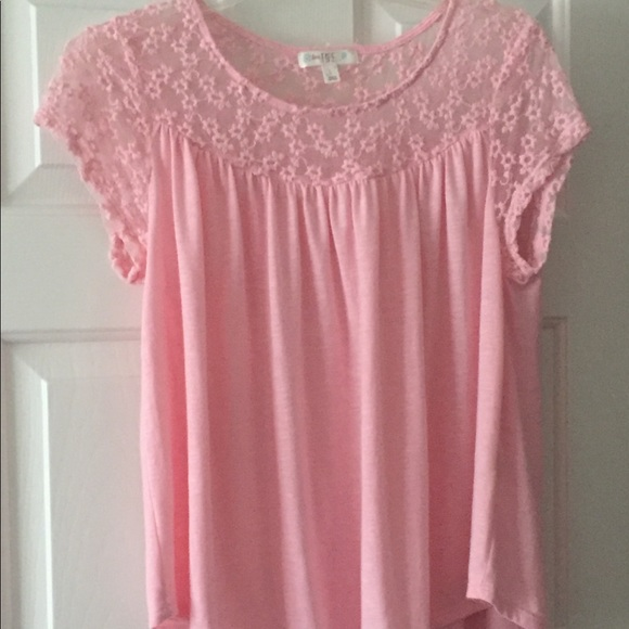 love, Fire Tops - Pink tee with lace floral detail